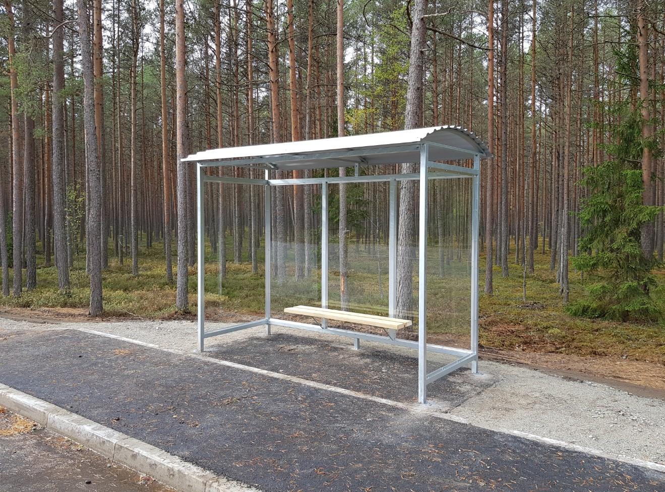 Bussiootepaviljon väiksem